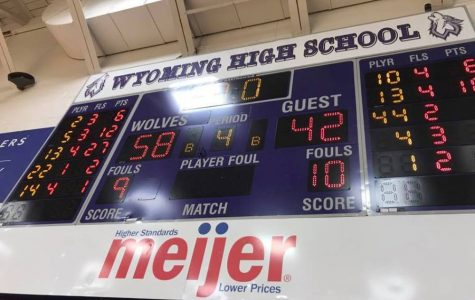 Girls Varsity Basketball kicks off the season with a win